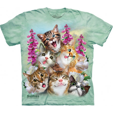 Kittens Selfie T-Shirt The Mountain